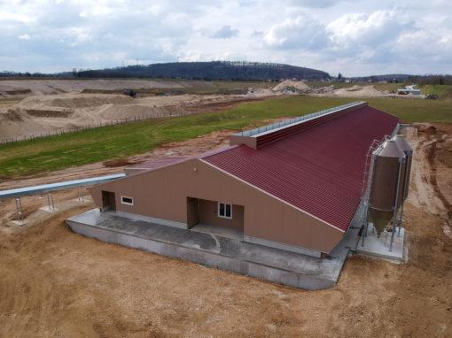Bâtiment d'élevage pour 12 000 poules Pondeuses Bio – ISÈRE
