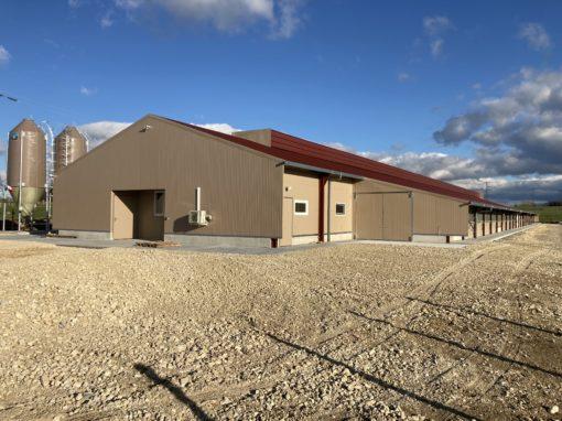 Bâtiment d'élevage avicole pour 12 000 poules pondeuses Bio – ISÈRE